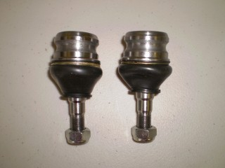 Subaru Sambar Front Ball Joint Pair